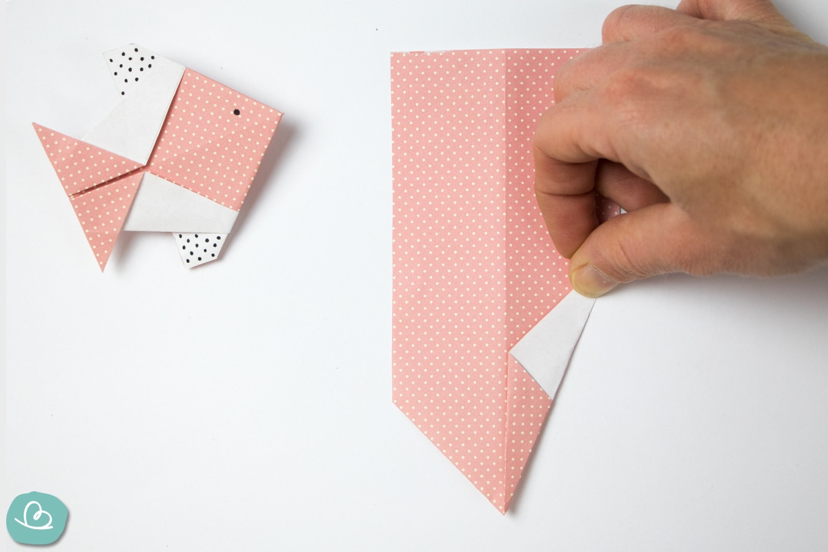 schräge Papierspitze falten