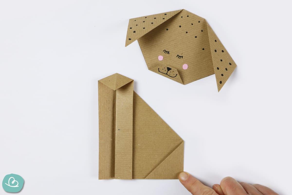 große Ecke aus Papier falten
