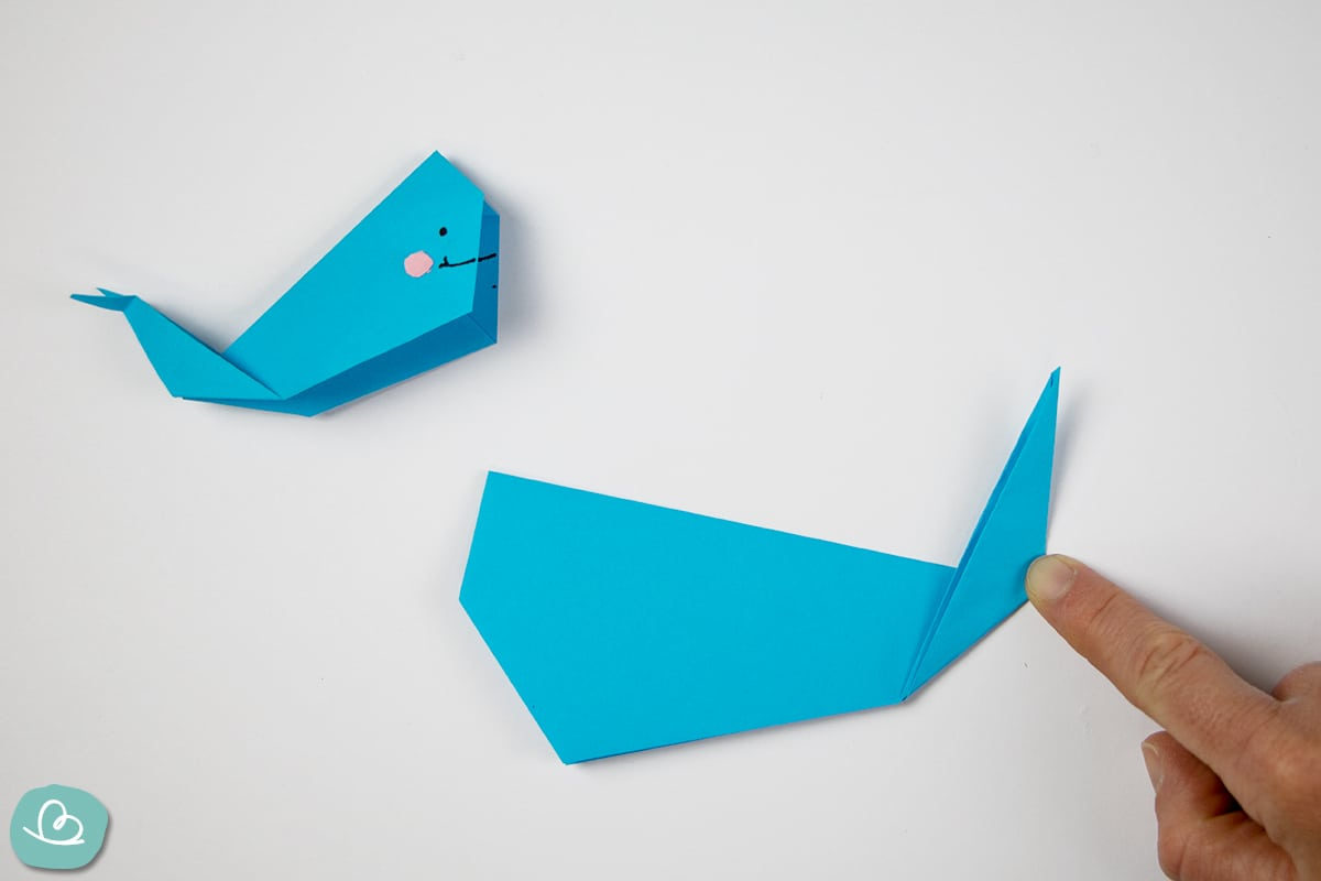 Spitze falten aus Papier