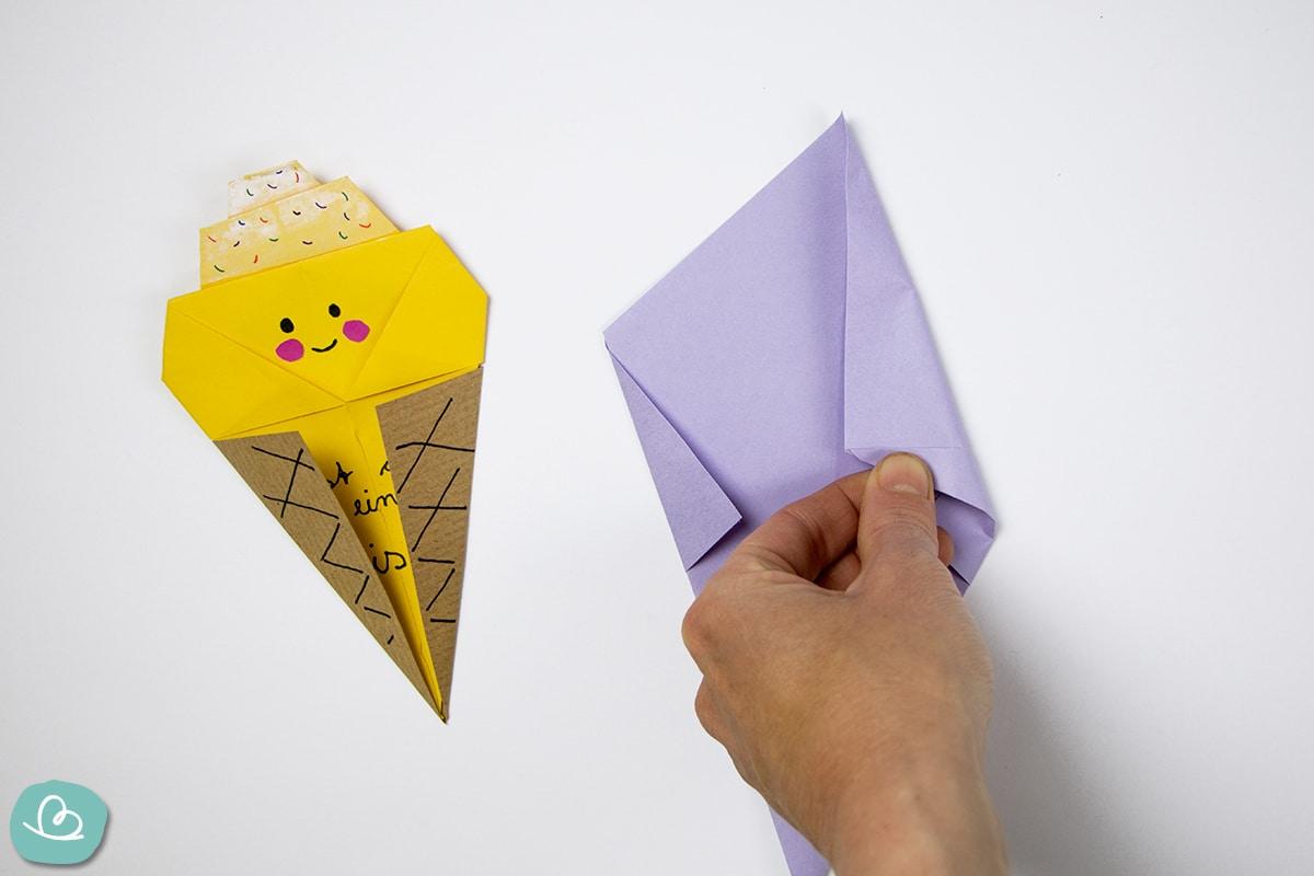 Papier nach innen falten
