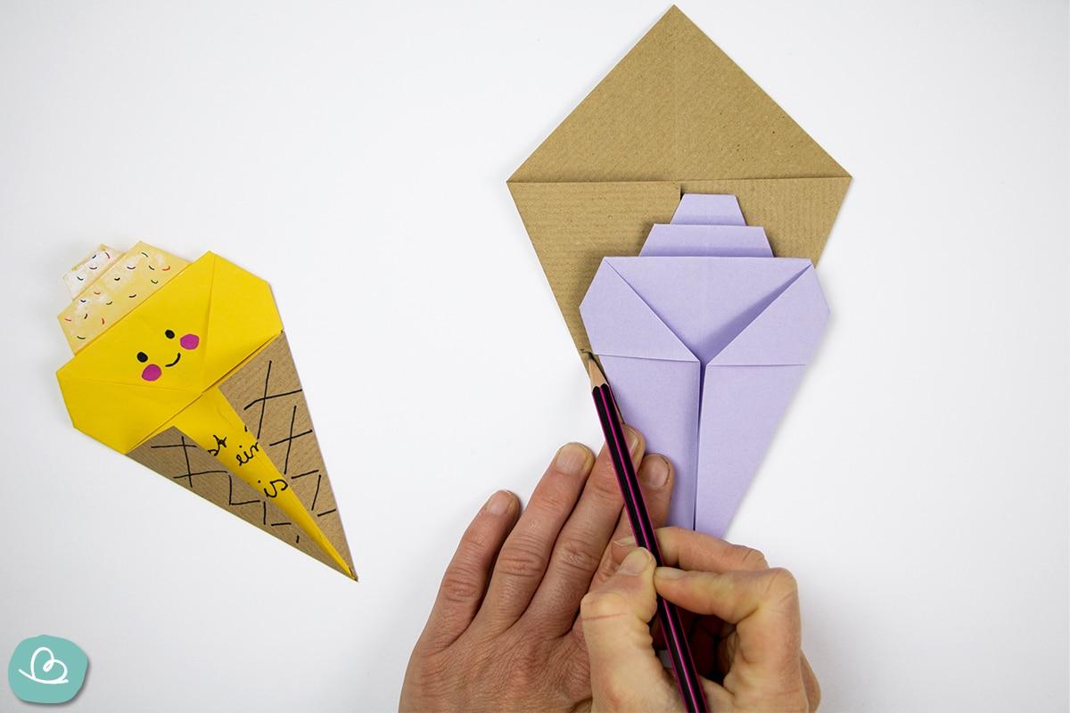 Abmessen und Markieren mit einem Bleistift