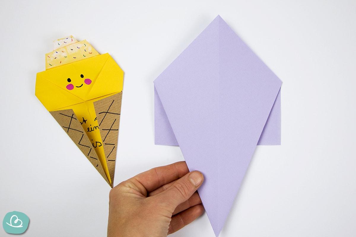 Papierform auf der Rückseite