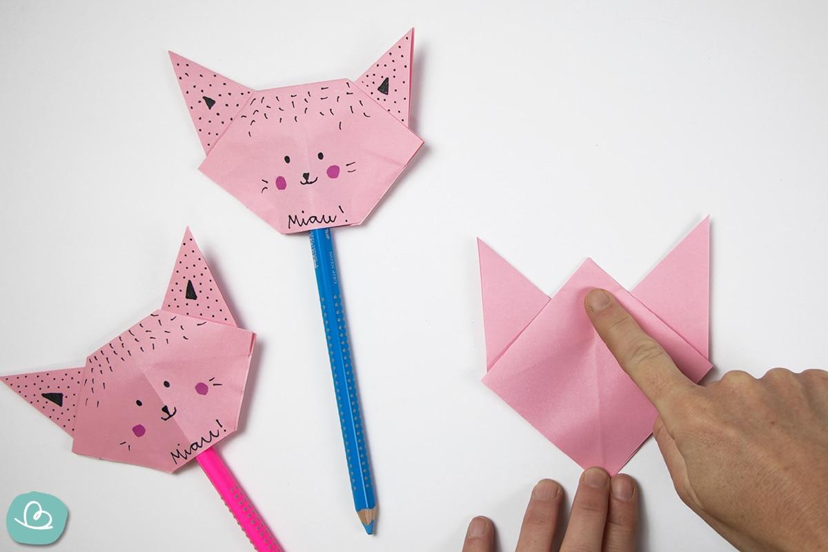 Katze aus Papier falten: Origami-Anleitung