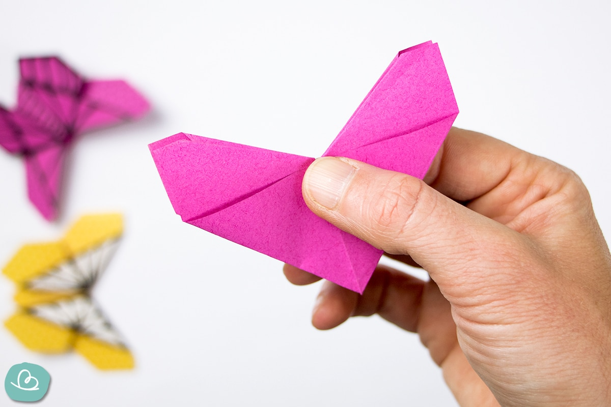 Origamiform aus Papier