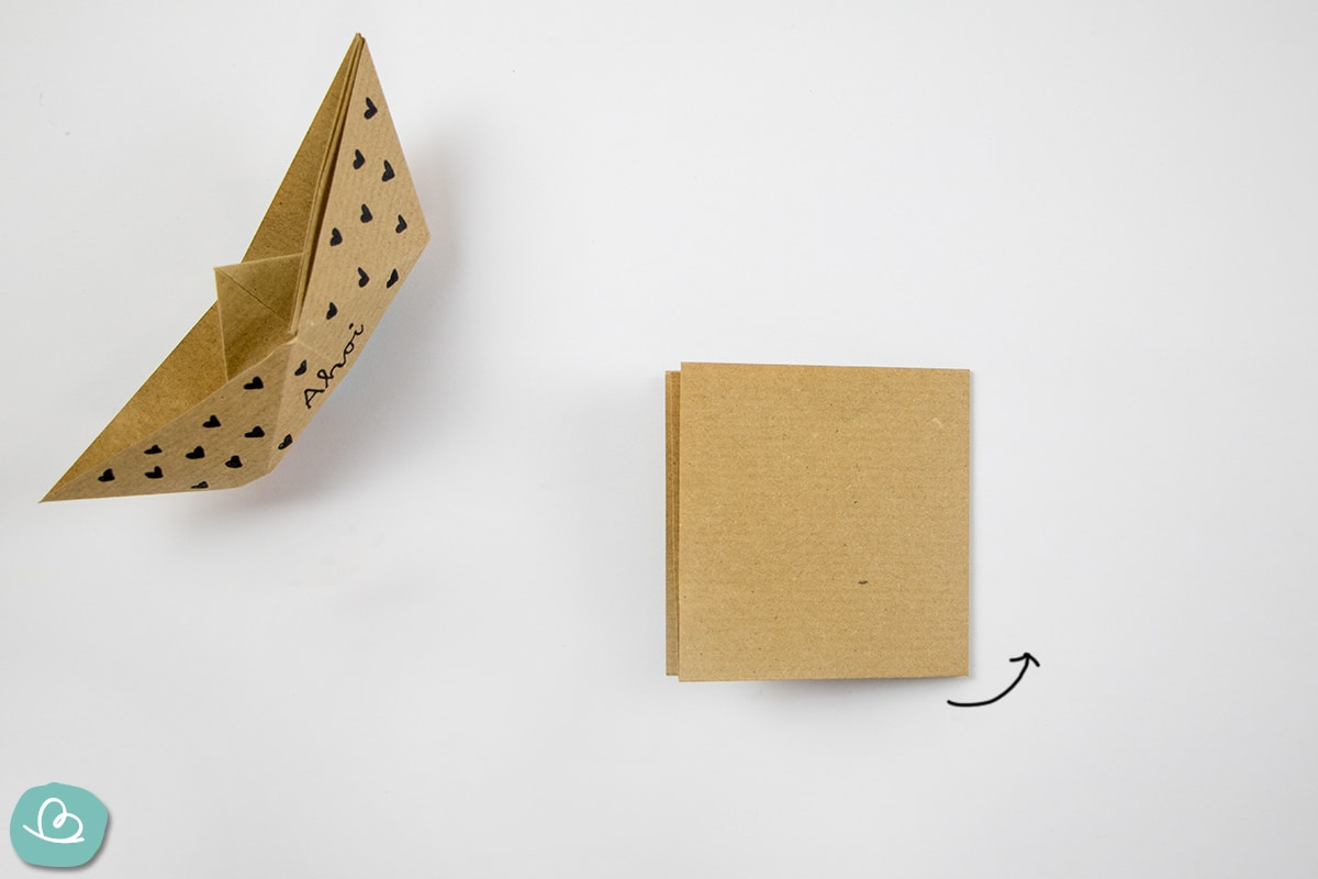 Faltanleitung Boot aus Papier