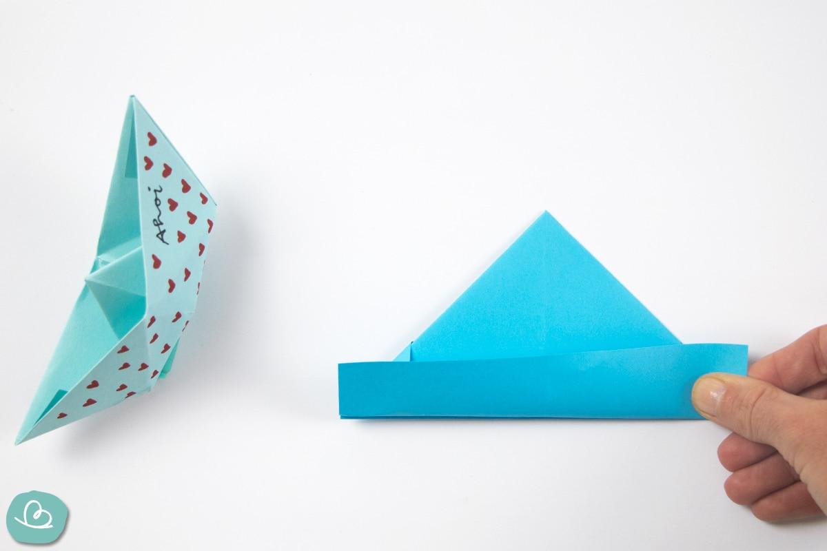 Papierkante nach oben falten