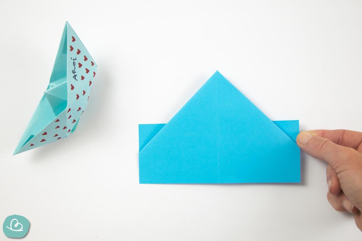 kleine Papierecken falten