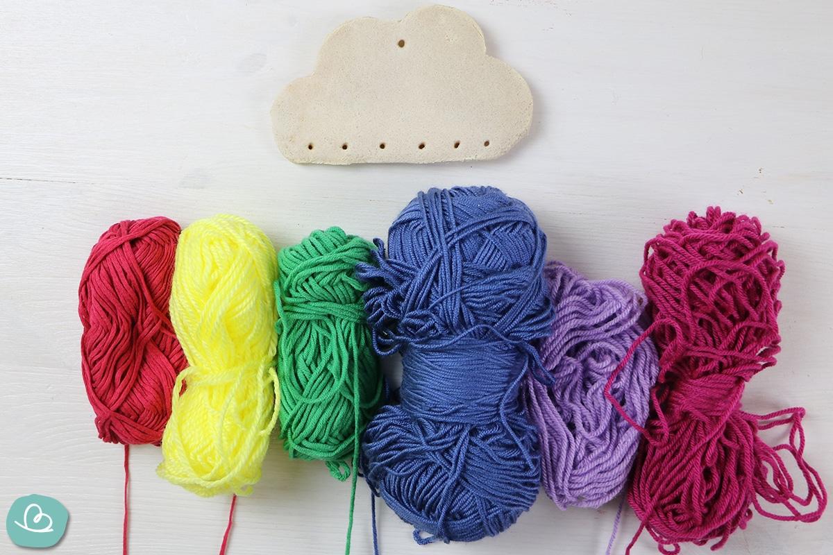 Wolle und Regenwolke aus Salzteig
