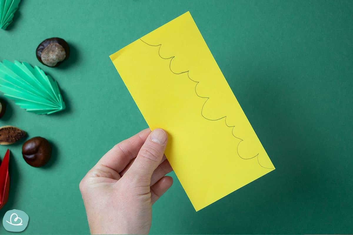 Kontur auf gelben Papier
