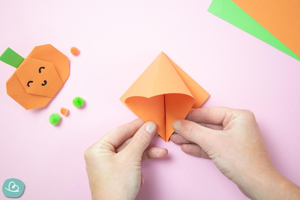 Bastelanleitung Origami Halloween Deko