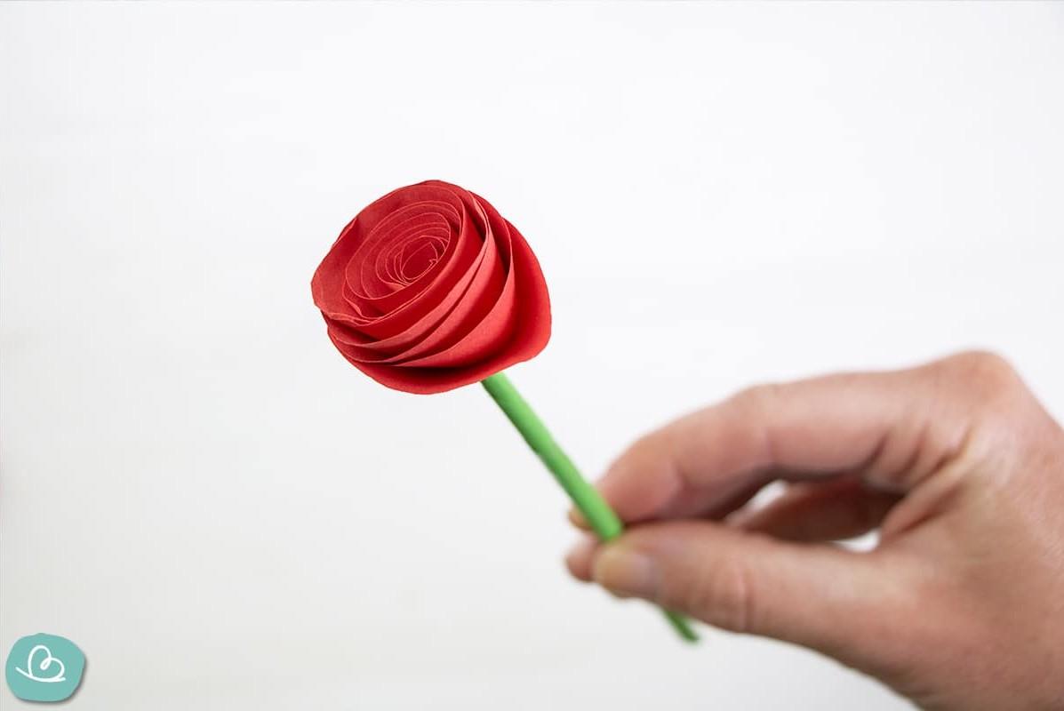 Origami Rose aus Papier