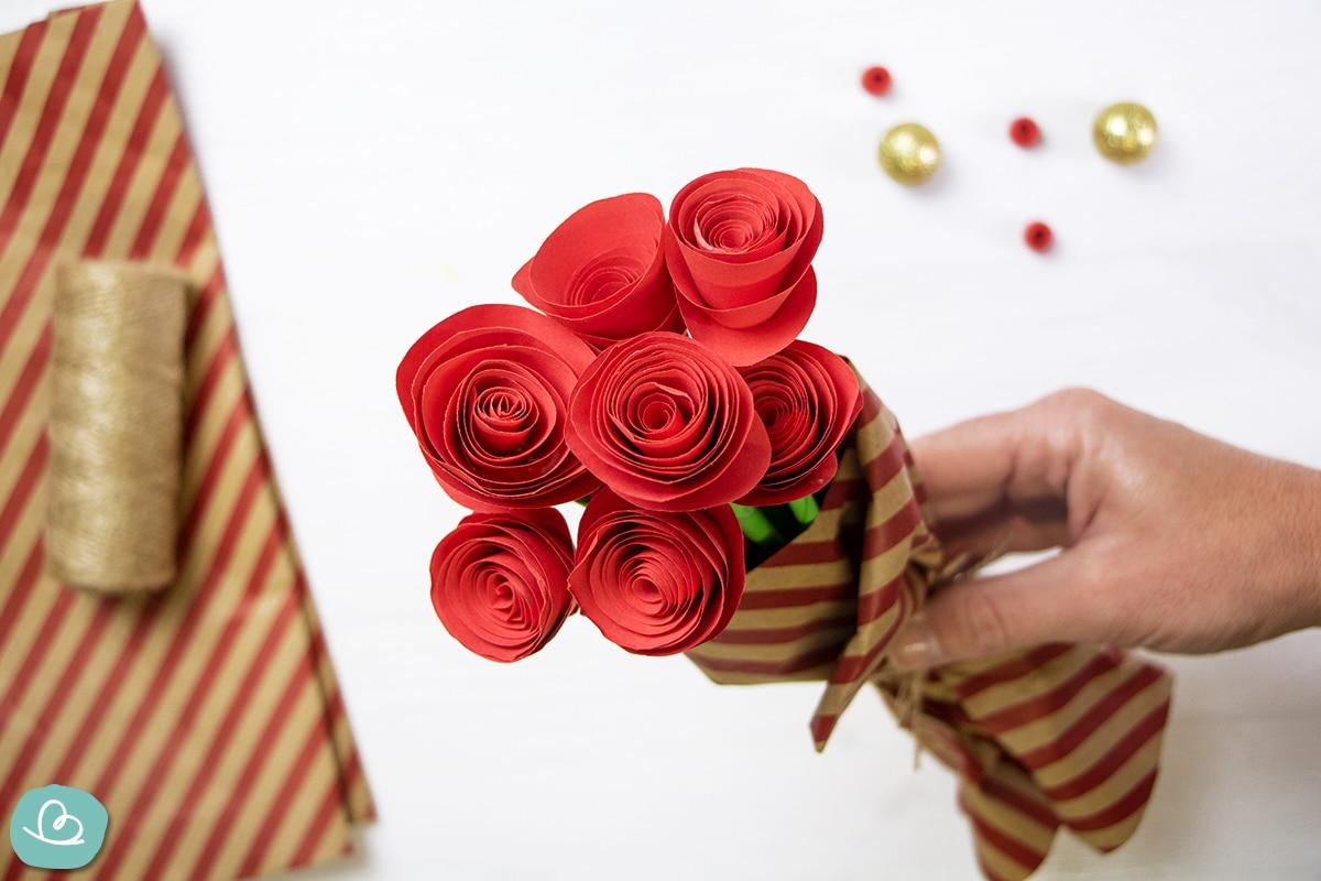 Origami Blume 'Rose' aus Papier falten