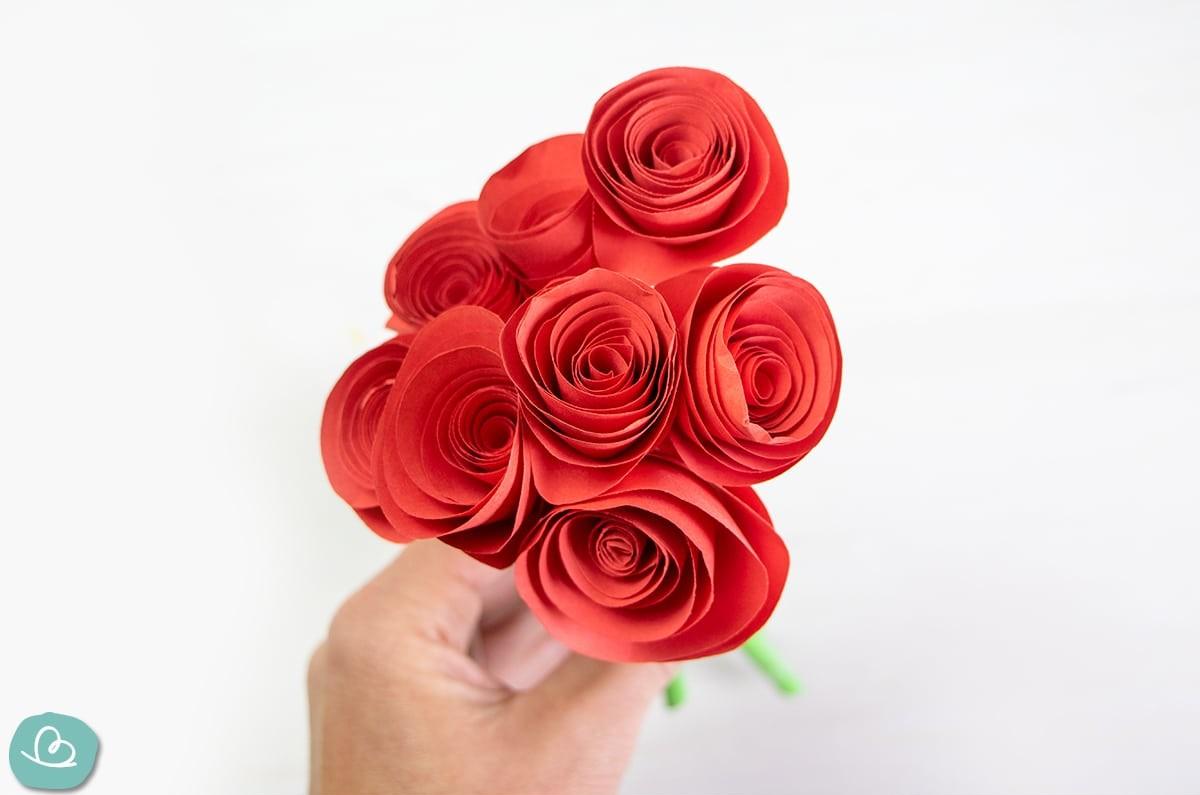 Rosenstrauß aus Papier