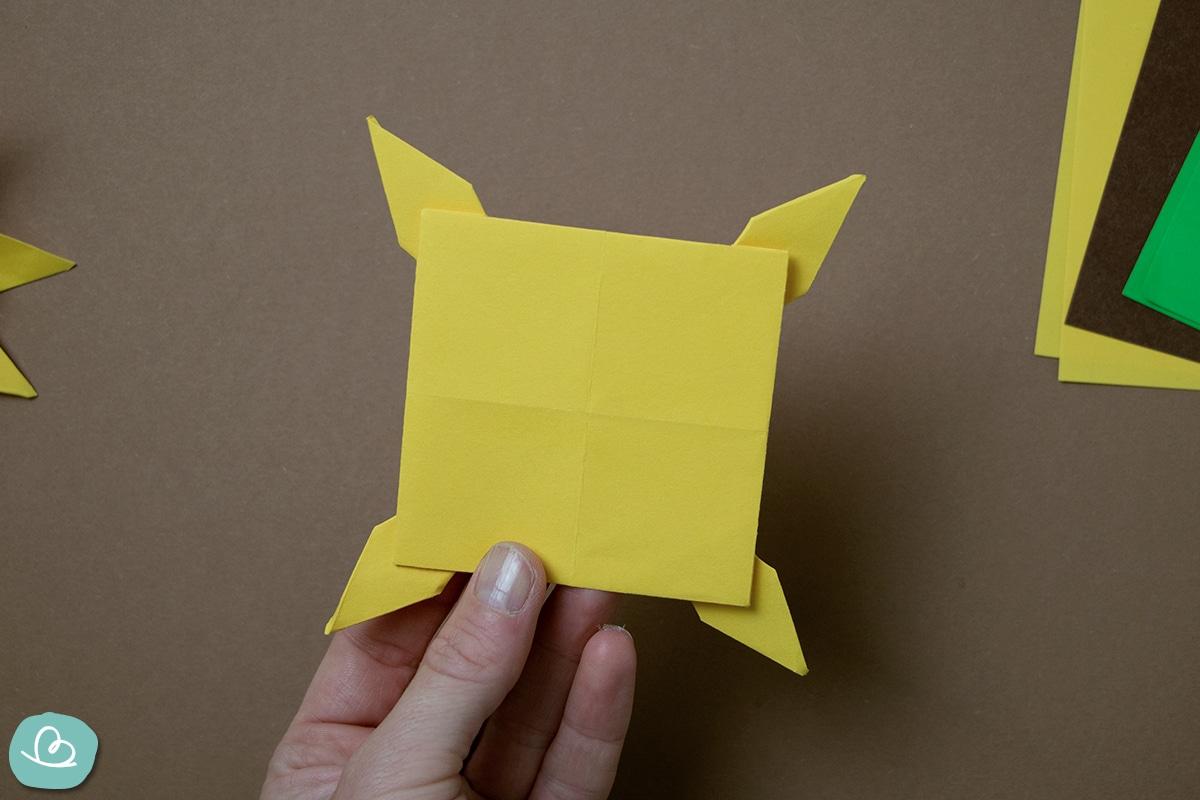 Origami Form aus Papier