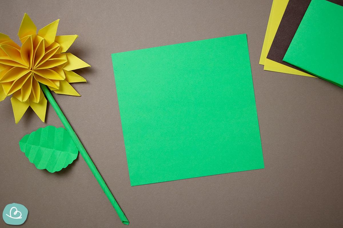 grünes Origamipapier
