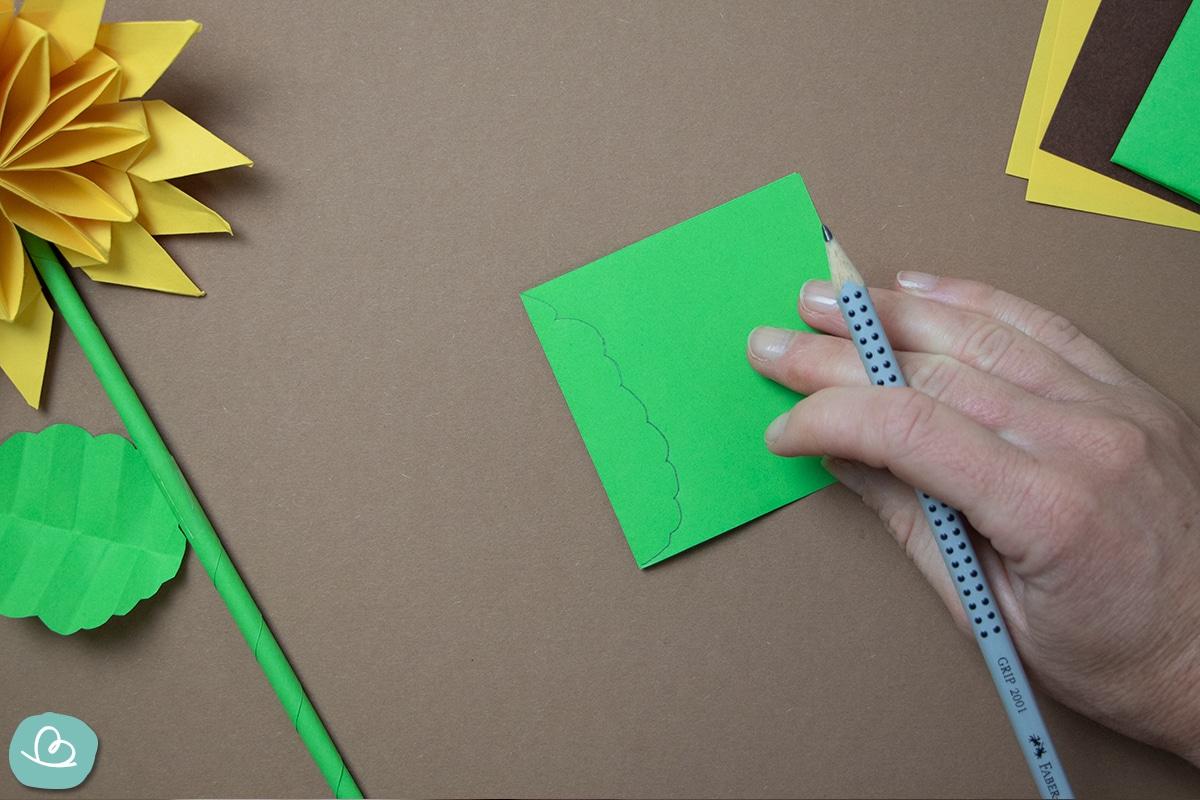 Form mit Bleistift zeichnen