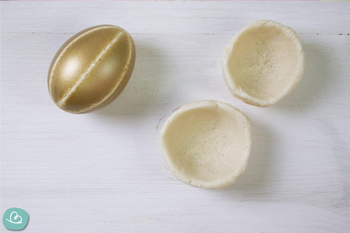 Eierbecher aus Salzteig