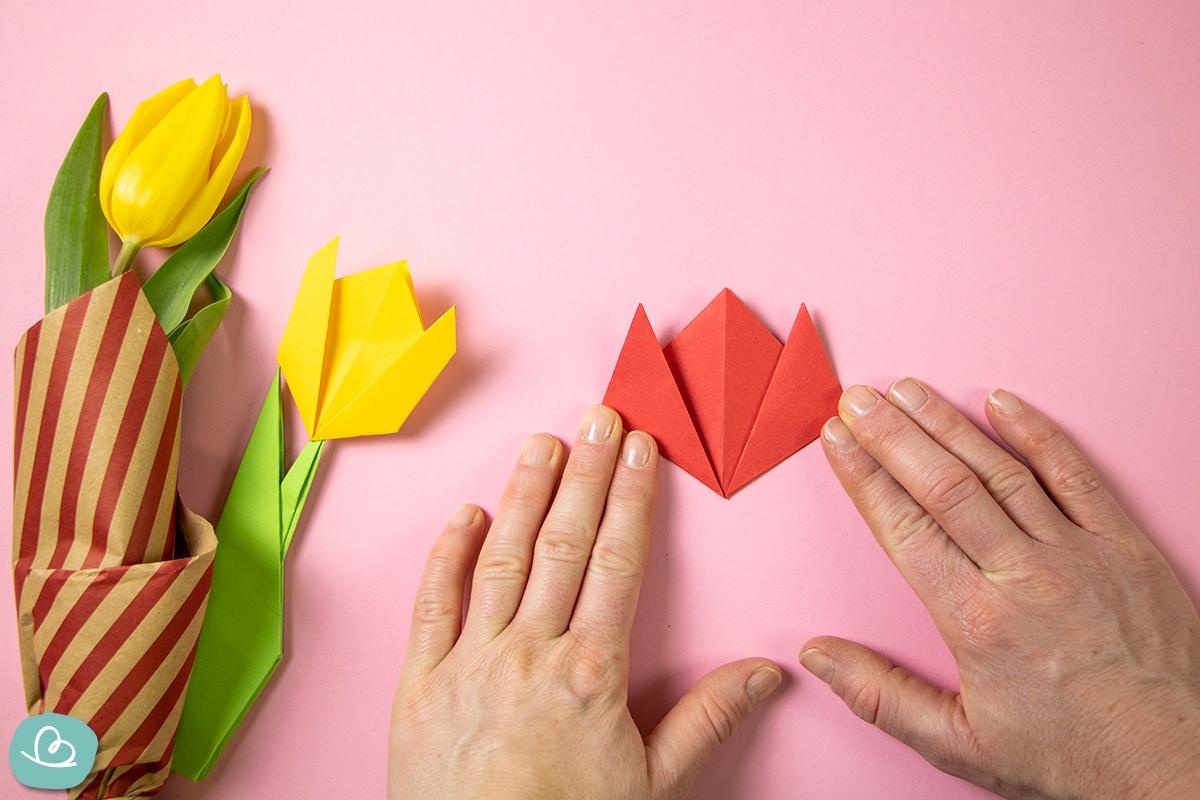 Blüte falten