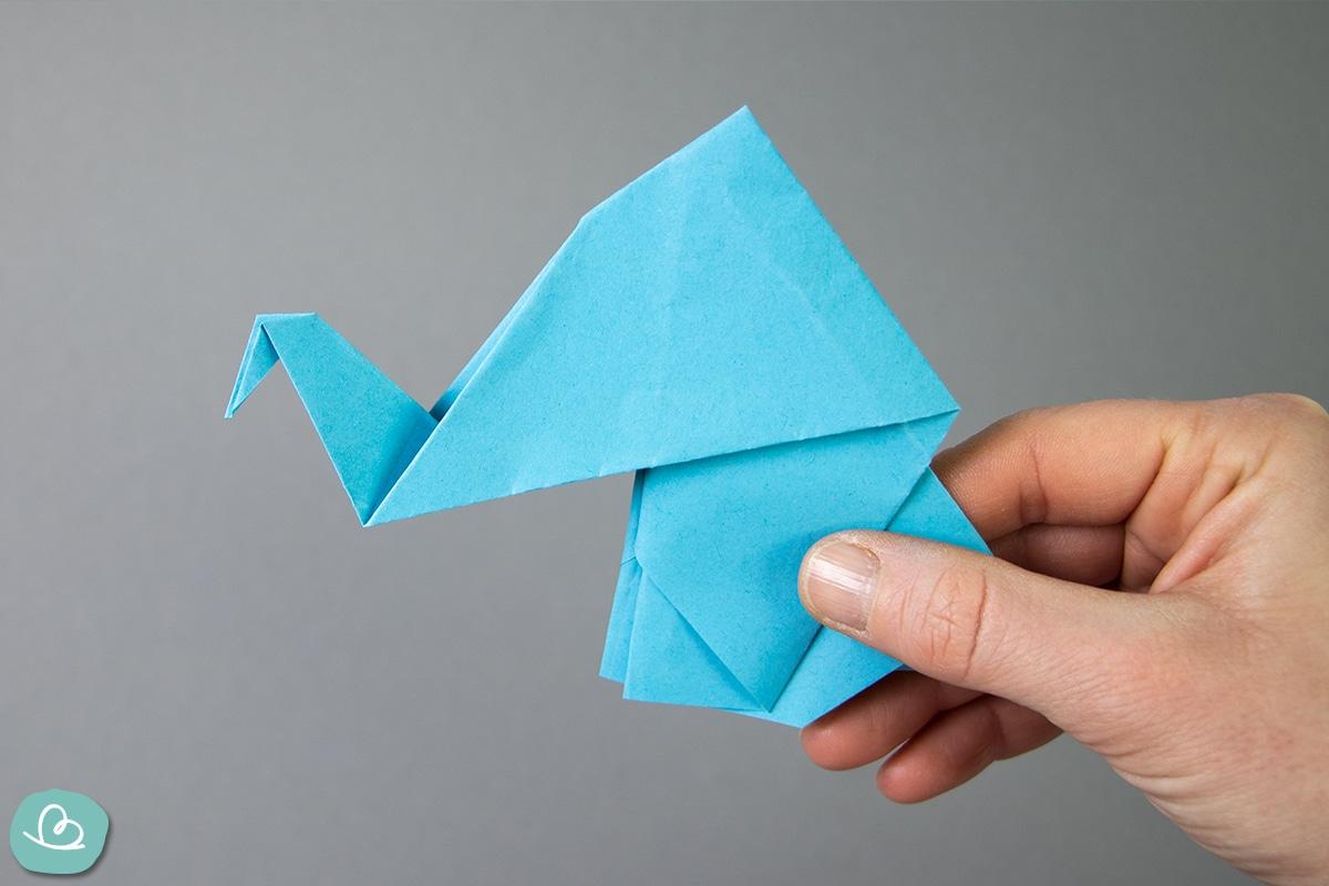 Elefant falten aus Papier.