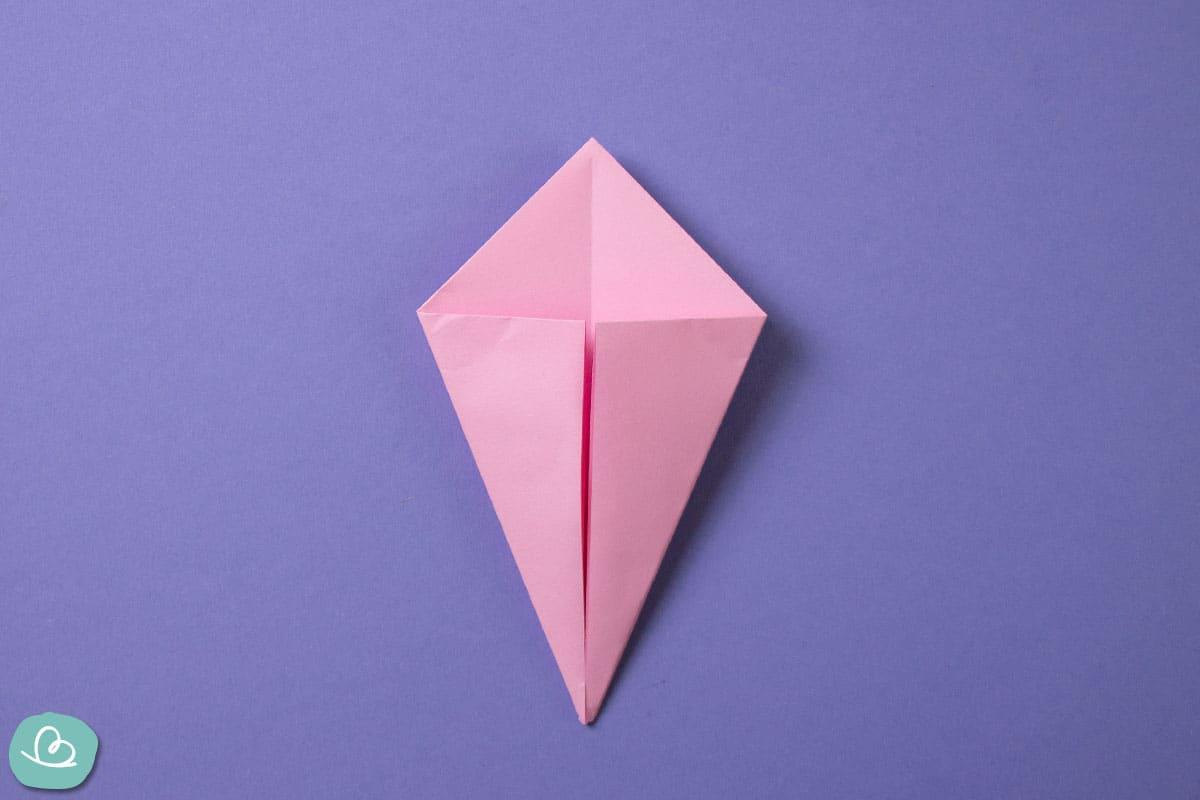 Drachenform aus Papier