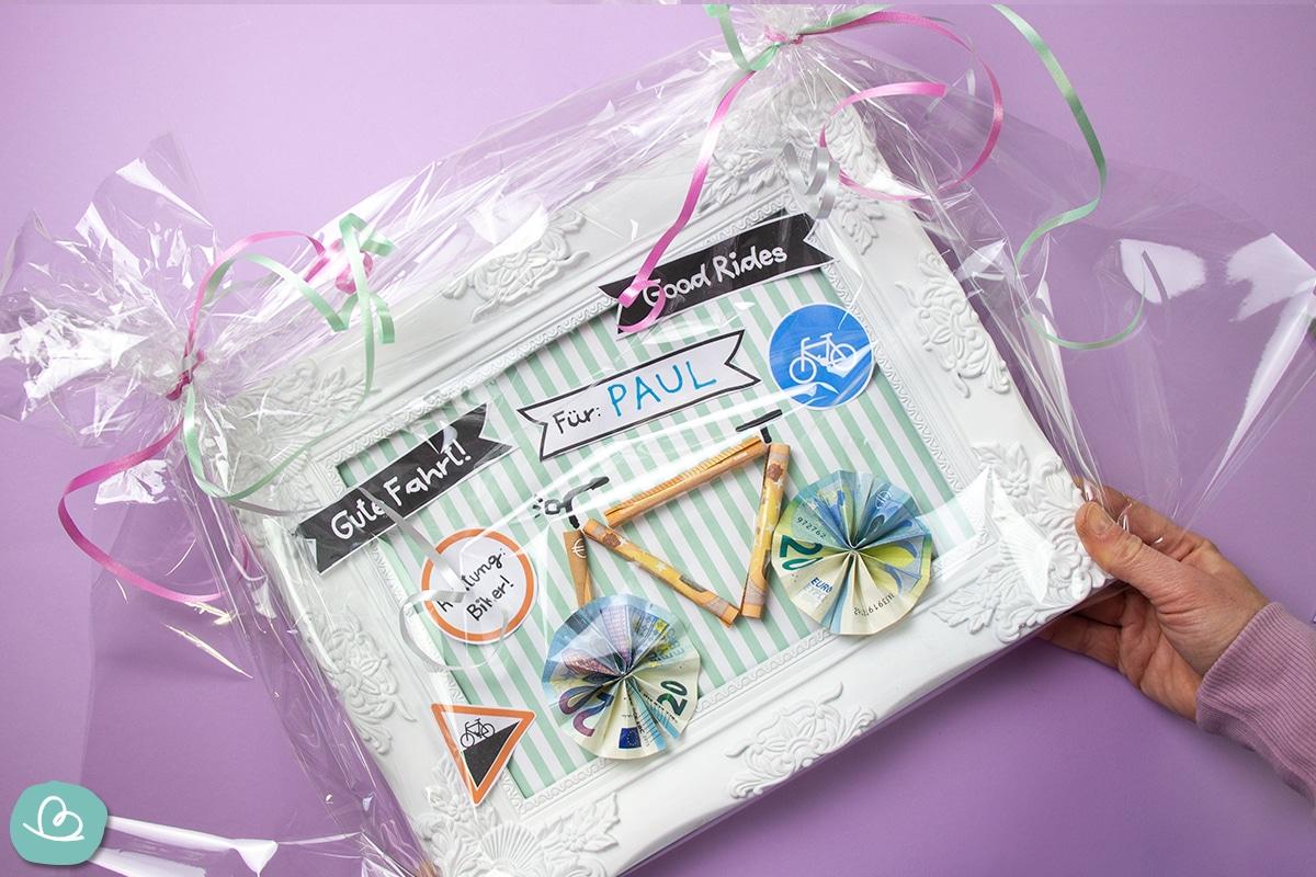 Geldgeschenk Fahrrad originell verpacken.