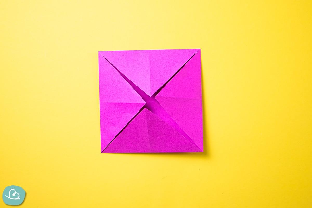 Origami Papier falten.