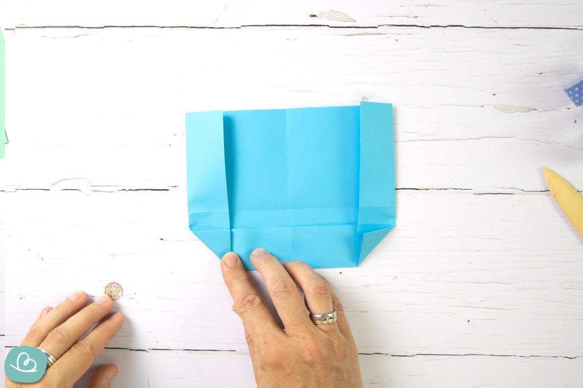 Papier falten.