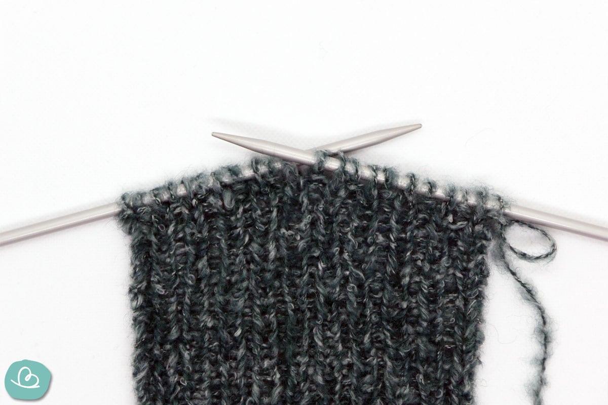stricken mit Nadeln